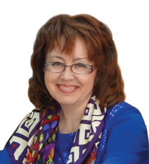 ГАЛИНА КАЛИНИНА, заведующая кафедрой торгового дела и товарного менеджмента торгово-технологического факультета ЧКИ.